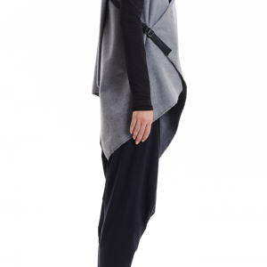 Arya Sense Kasha Sleeveless Coat / ..